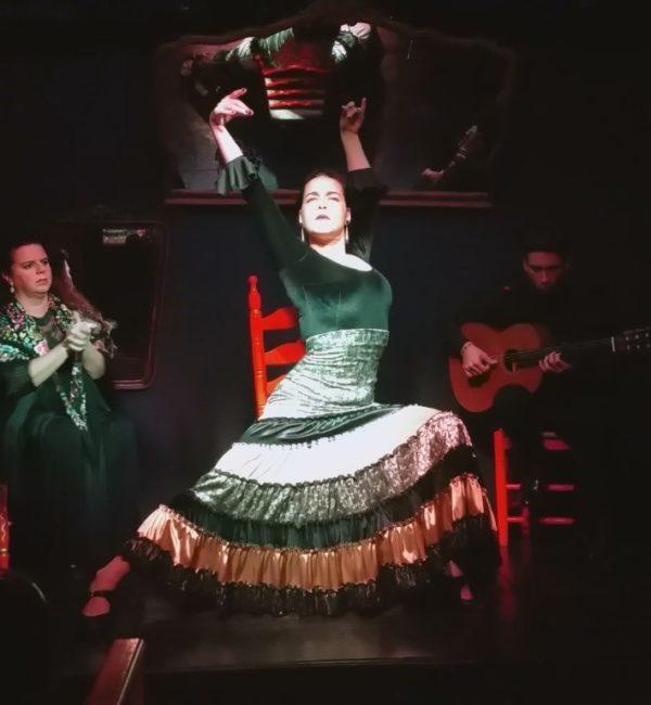 Marina Giménez - Bailaora flamenca
